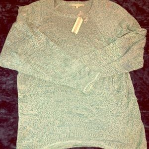 Tulle lightwight sweater size large